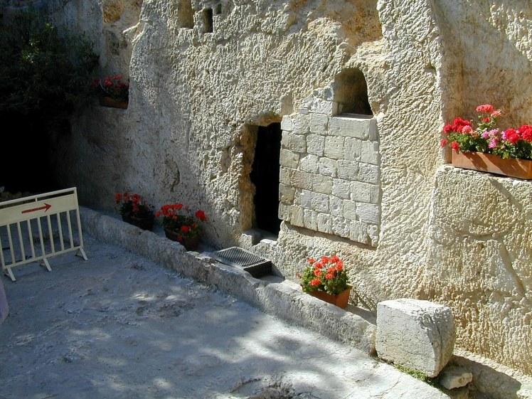 Garden Tomb, tb042200204