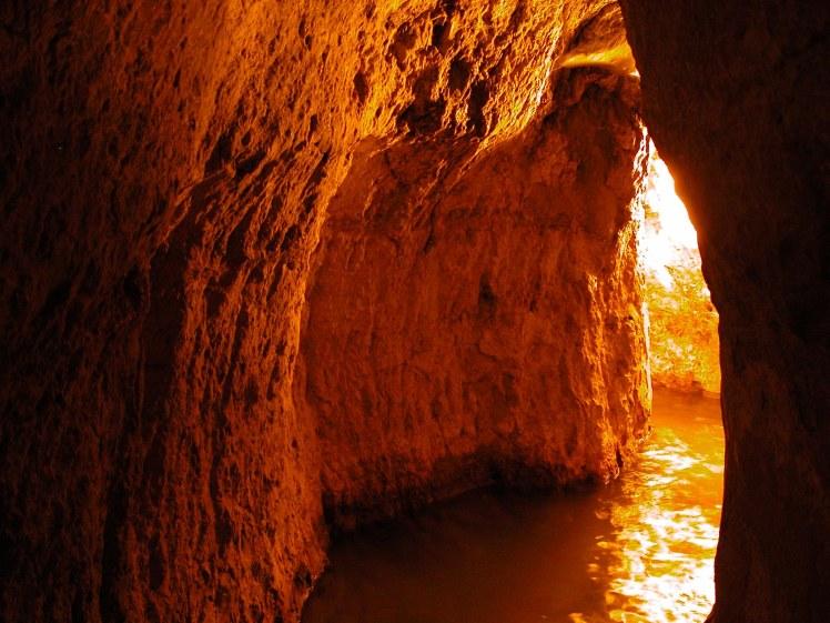 Hezekiah's Tunnel, tb051803206